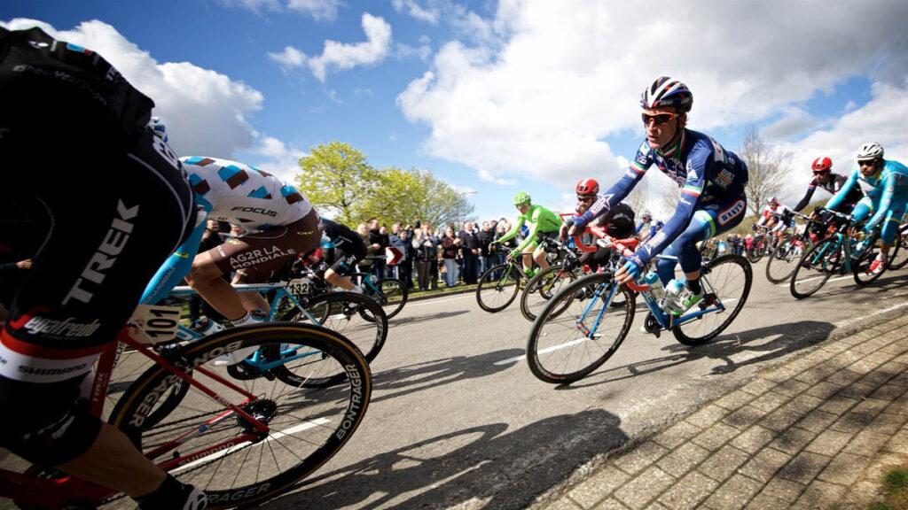 Cube Team Wanty Bild 3 1024x576 - Tour de France: Das Team Wanty-Groupe Gobert geht mit Cube-Rennrädern auf Ettapen-Jagd
