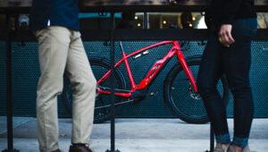 Leasing Teil 2 Wunschrad rum greifen nahjpg 300x170 - Fahrrad-Leasing für Arbeitnehmer