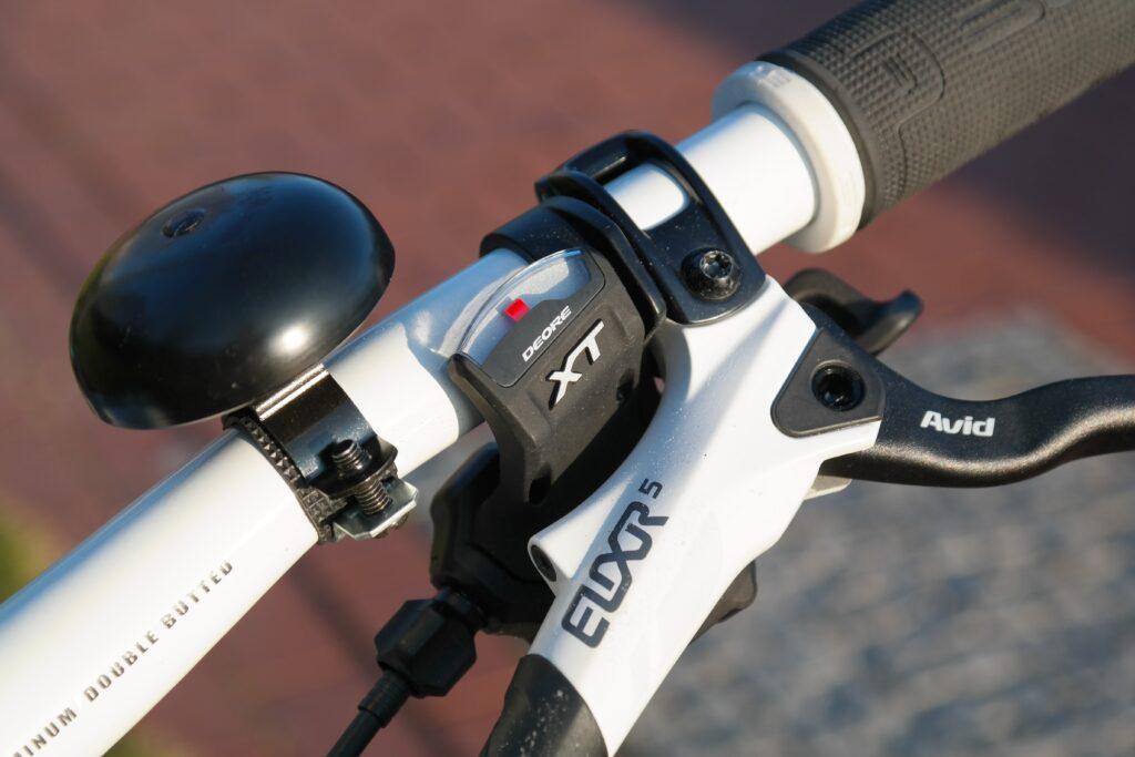 bell 236963 1024x683 - Wie mache ich mein Fahrrad verkehrssicher?