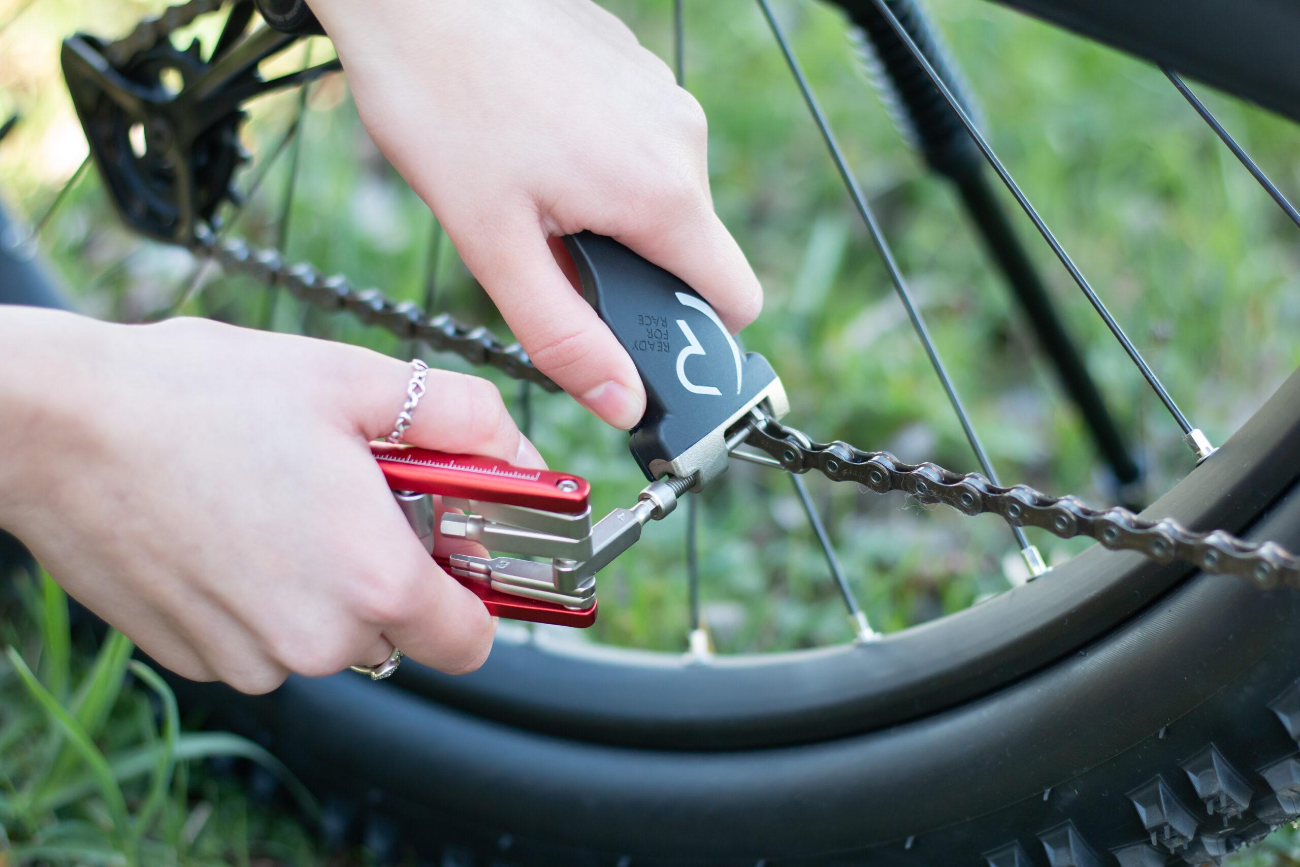 20210330 122124 00313 scaled - Wie öffne ich die Kette an meinem Fahrrad?