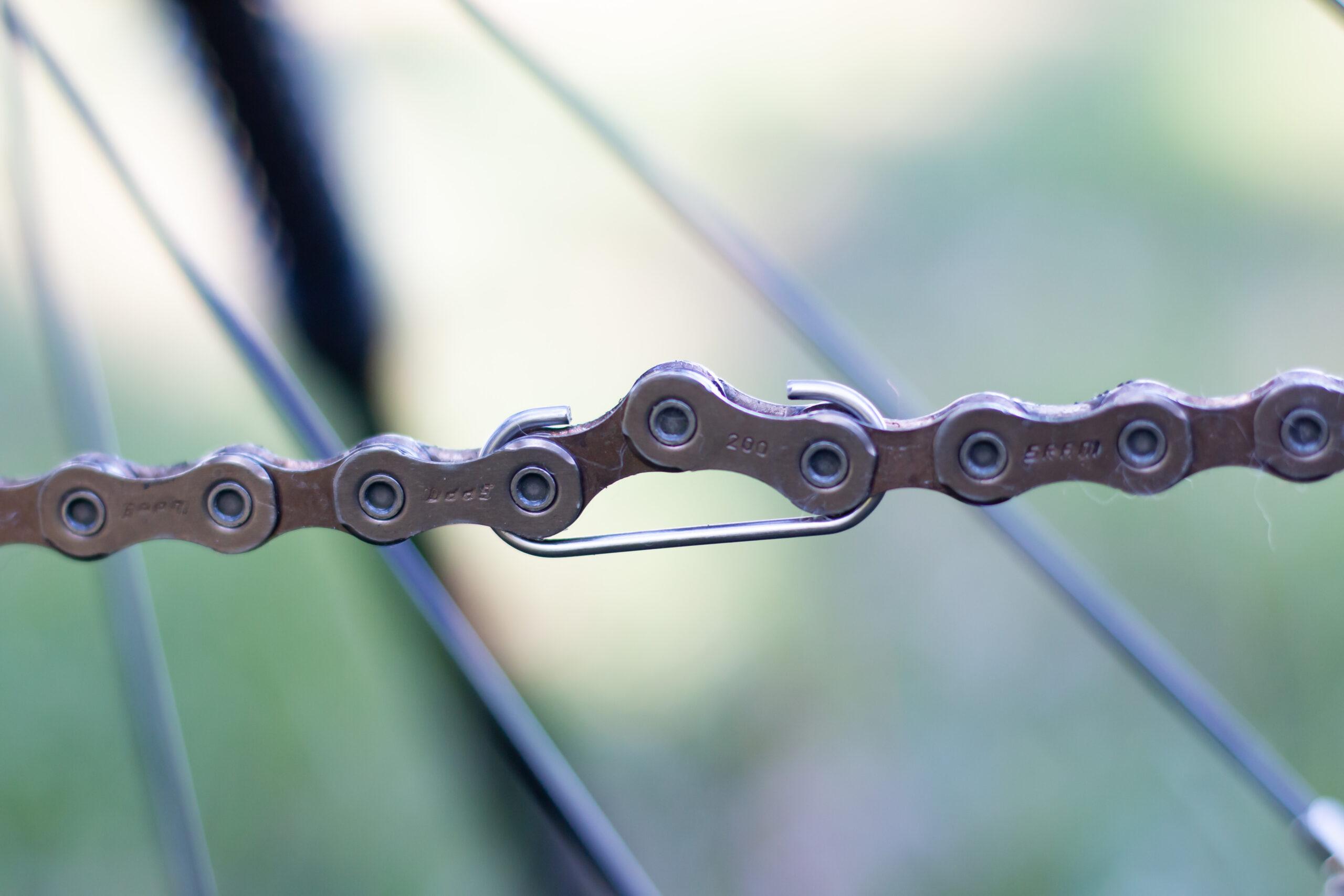 20210330 122239 00322 scaled - Wie öffne ich die Kette an meinem Fahrrad?