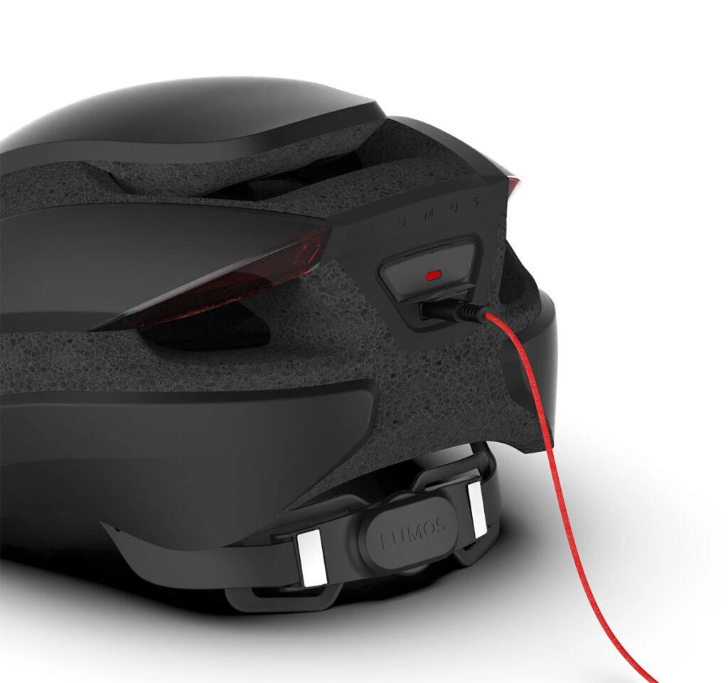 Lumos USB C Ultra 1024x961 - Der Lumos Ultra Fahrradhelm stellt sich vor